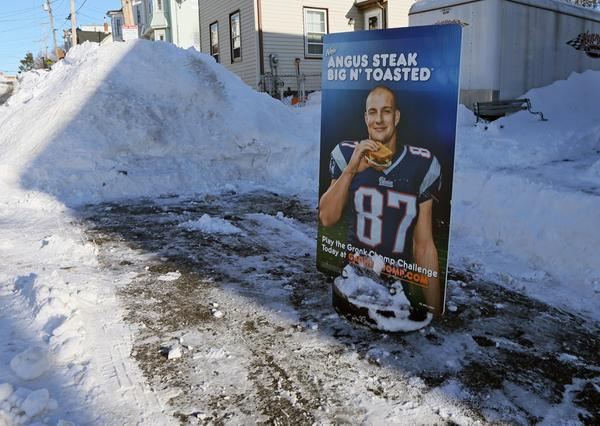 GRONK OWN STREET NOW.